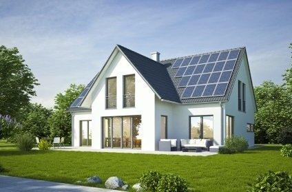 Wohnhausneubau mit PV-ANlage auf dem Dach Energieberater Hof Erlangen