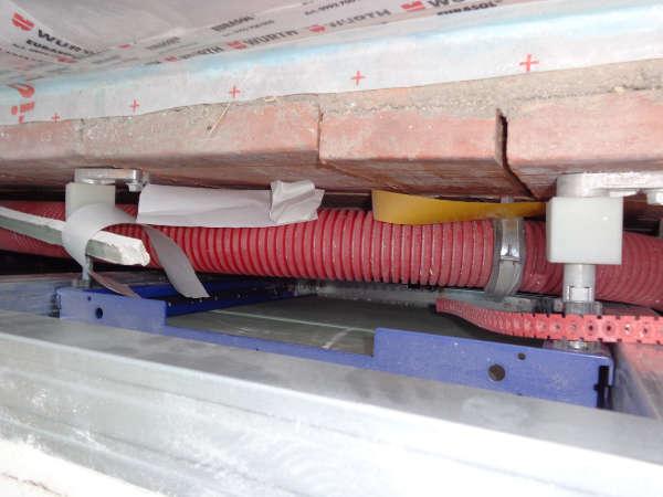 Fehlende Luftdichtigkeitsschicht hinter Installationsvorwand, Luftdichtheit planen Energieberater Hof Erlangen, Nürnberg Selb, Fürth
